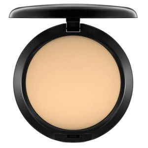 MAC Studio Fix Powder Plus Foundation C35